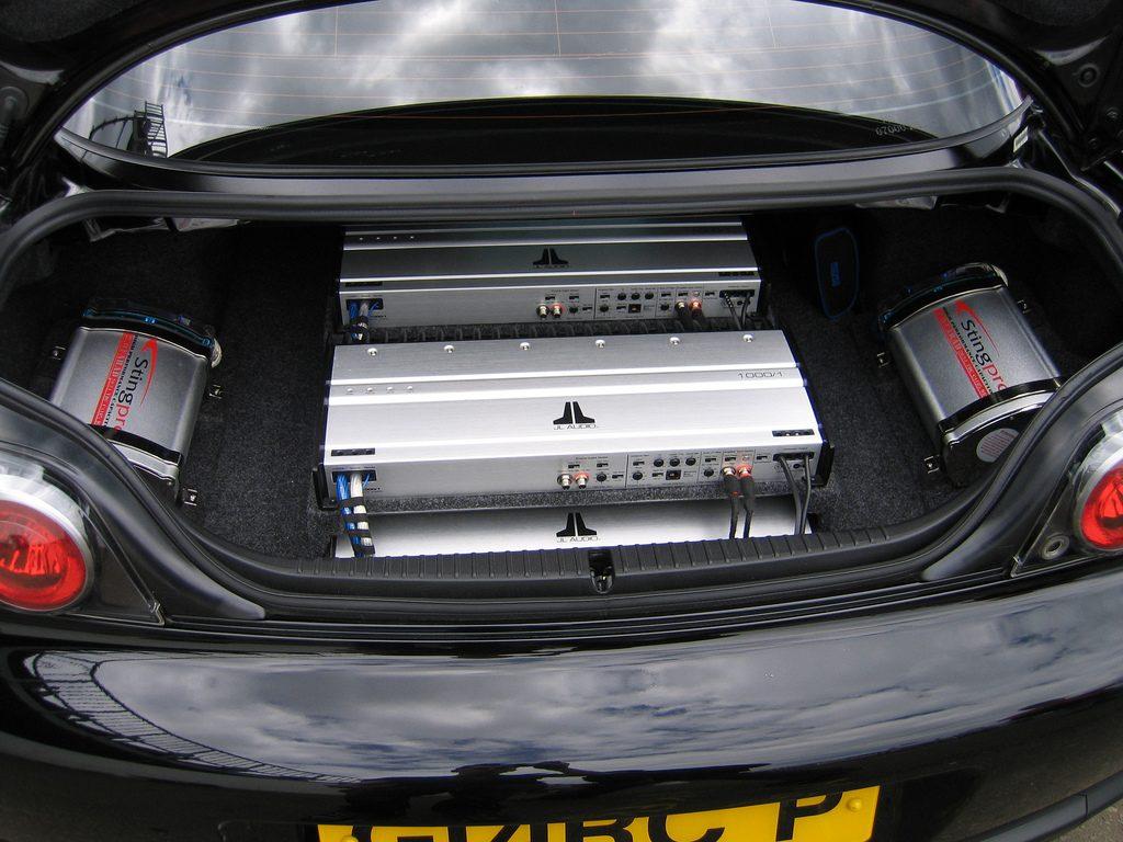 امپلی فایر خودرو